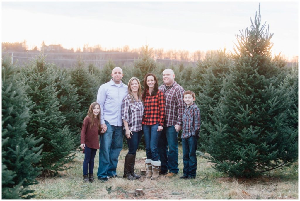 christmas-tree-farm-mini-sessions-annapolis-family-photographer_1406